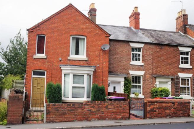 2 bedroom end of terrace house for sale in haybridge road for 152 the terrace wellington