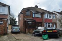3 bed semi detached property to rent in Cassiobury Avenue...