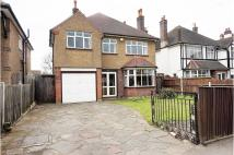 4 bedroom Detached house in Southborough Road...