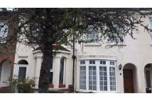 2 bed Terraced house in Dennett Road, Croydon...