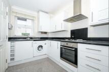 2 bed Terraced house in 131 Wellmeadow Road...