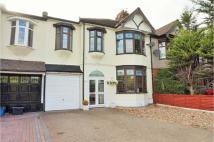 4 bed semi detached property for sale in Goodmayes Lane, Ilford...