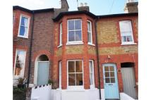 Terraced house to rent in Cowper Road, Berkhamsted...