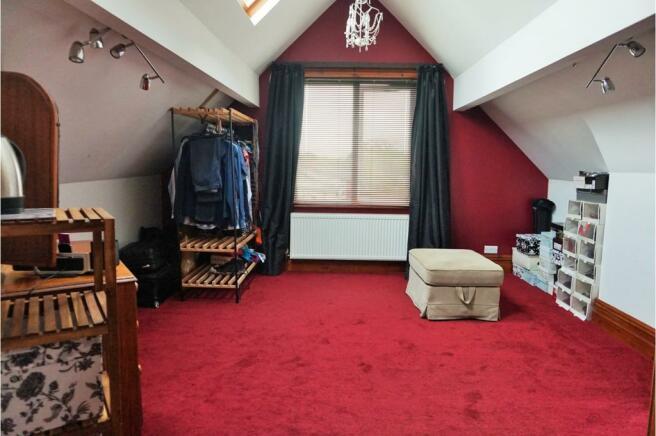 Dressing Room/ Bed 6