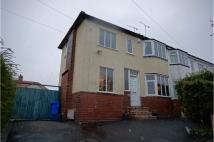 2 bed semi detached property to rent in Glen View Road...