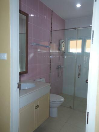 Bathroom No.4
