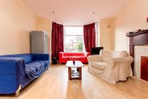 8 bed Terraced house to rent in Headingley Avenue, LEEDS...