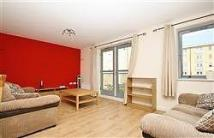 2 bed Flat in Taywood Road, Northolt...