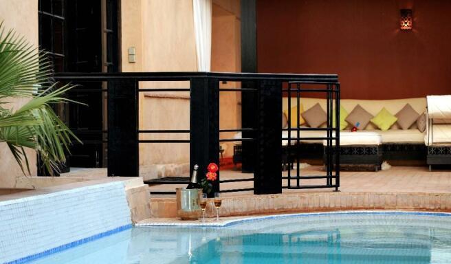 Enclosed pool