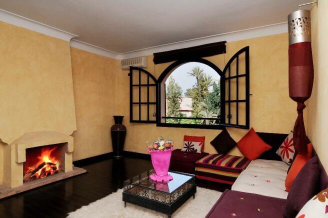 Bedroom lounge
