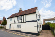 4 bed semi detached home to rent in Roydon, Harlow