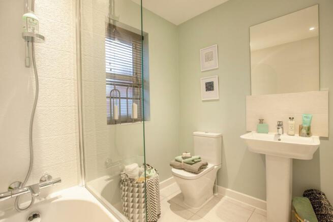Longthorpe_Willows_Bathroom