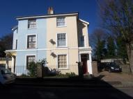 1 bed Flat to rent in Albion Road, Gravesend