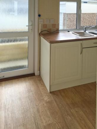 Kitchen(view 3)