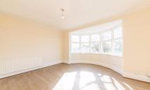 Streatham Common North Flat to rent