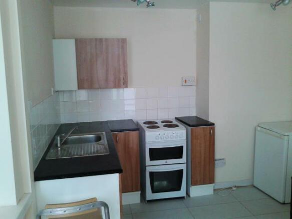 Flat 1 kitchen