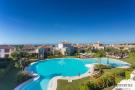 2 bedroom Apartment in Estepona, Málaga