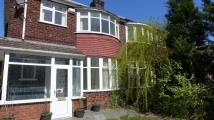 semi detached home to rent in Oakwood Avenue...