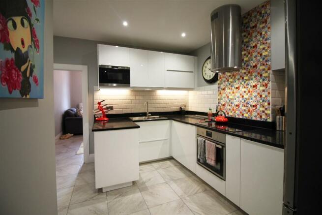 2nd kitchen.jpg