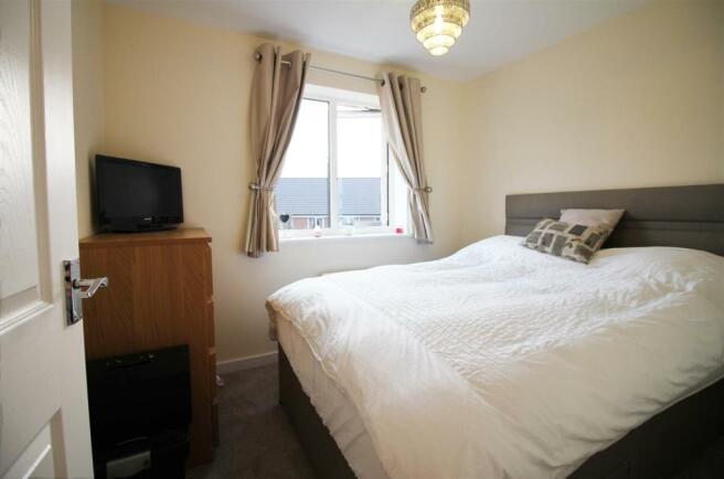 Bedroom 2 (But).jpg