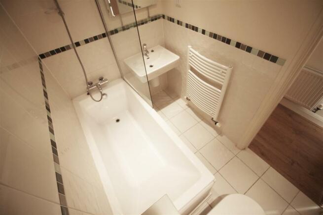Bathroom - (Kem).jpg