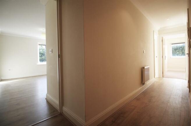 Hallway - (Kem).jpg