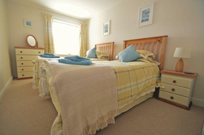 Guest bedroom ...