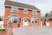 4 bed Detached house for sale in Rayleigh Avenue...