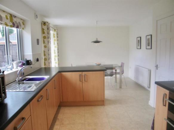 3 meadow view Dr kit