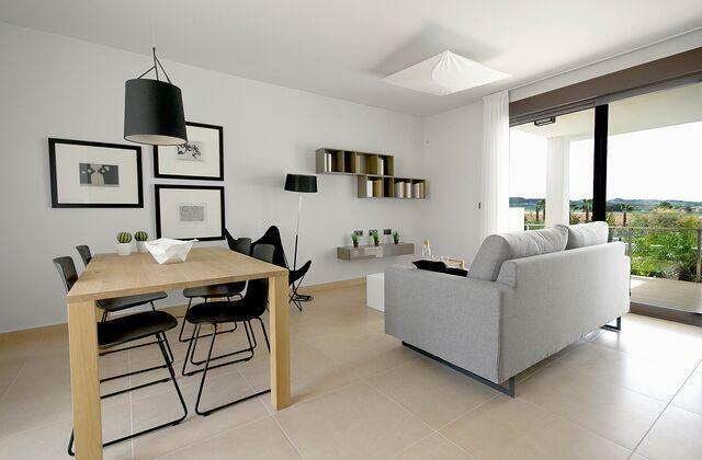 Frontline golf new modern apartments