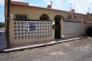 End of Terrace property in La Marina, Alicante...