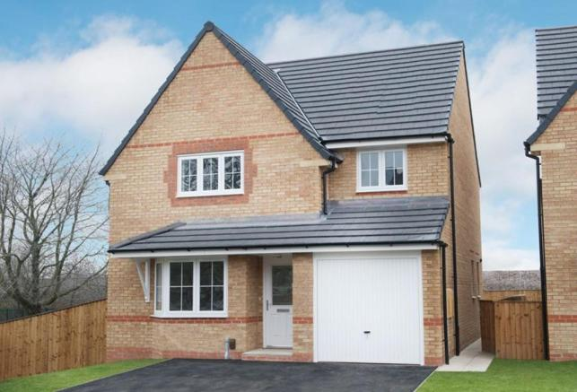 3 bedroom detached house for sale in st annes road