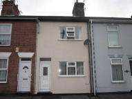 3 bed Terraced house to rent in Reeve Street, Lowestoft...