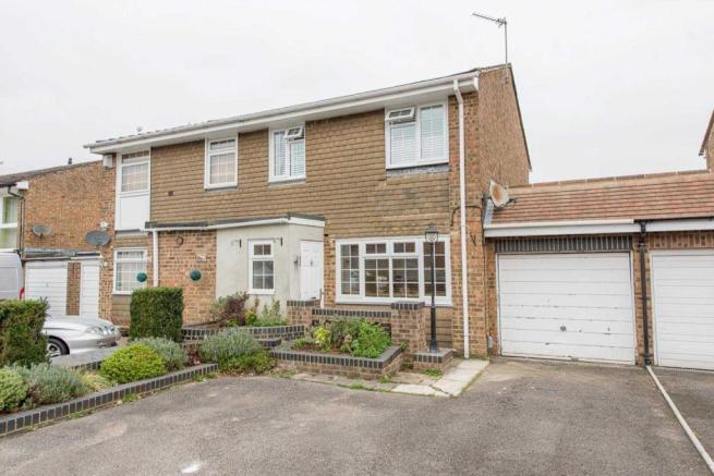 Clandon Road, Chatham, Kent, ME5 8UG-20