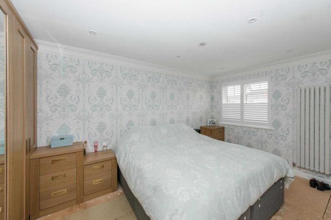 Clandon Road, Chatham, Kent, ME5 8UG-18