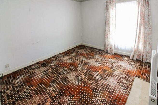 bedroom_1_dp_2700701