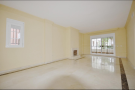 2 bedroom Ground Flat for sale in Nueva Andalucia, Málaga...