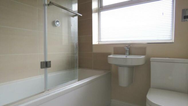 Pound Road 22 bathro