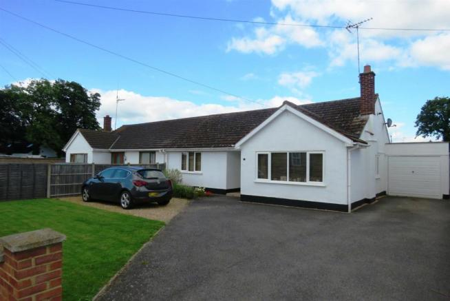 3 Bedroom Semi Detached Bungalow For Sale In Green End Road Sawtry Pe28