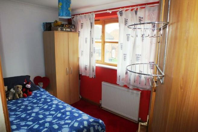 Bed 3 WEB.JPG