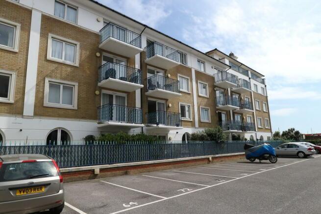 2 Bedroom Apartment To Rent In Sovereign Court Brighton Marina Village Bn2