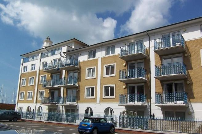 2 bedroom apartment to rent in collingwood court brighton for Room to rent brighton