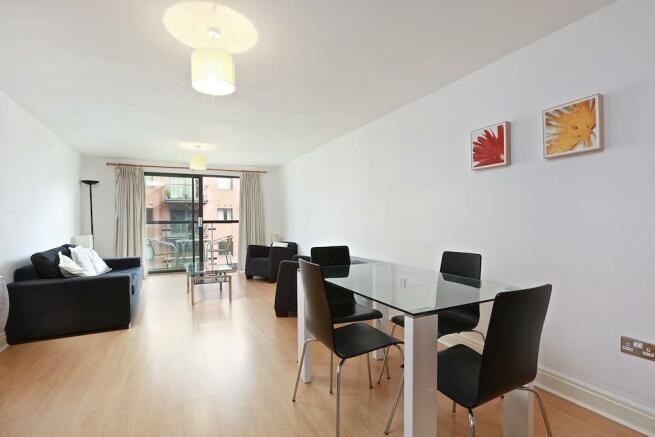 Reception room  (Mai