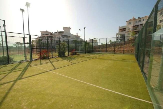 Padel tennis courts