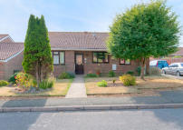 3 bedroom Detached Bungalow in Kingston Way, Seaford...
