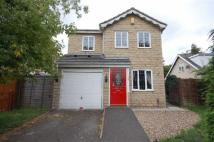 Detached house in Moor End Road, Lockwood...