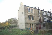 End of Terrace property to rent in Barber Row, Linthwaite...