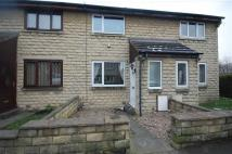 Town House to rent in Healey Lane, Batley, WF17