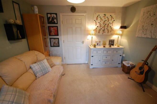 Bedroom 4/Sun Room