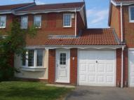 2 bed semi detached house in Worton Close Shotton